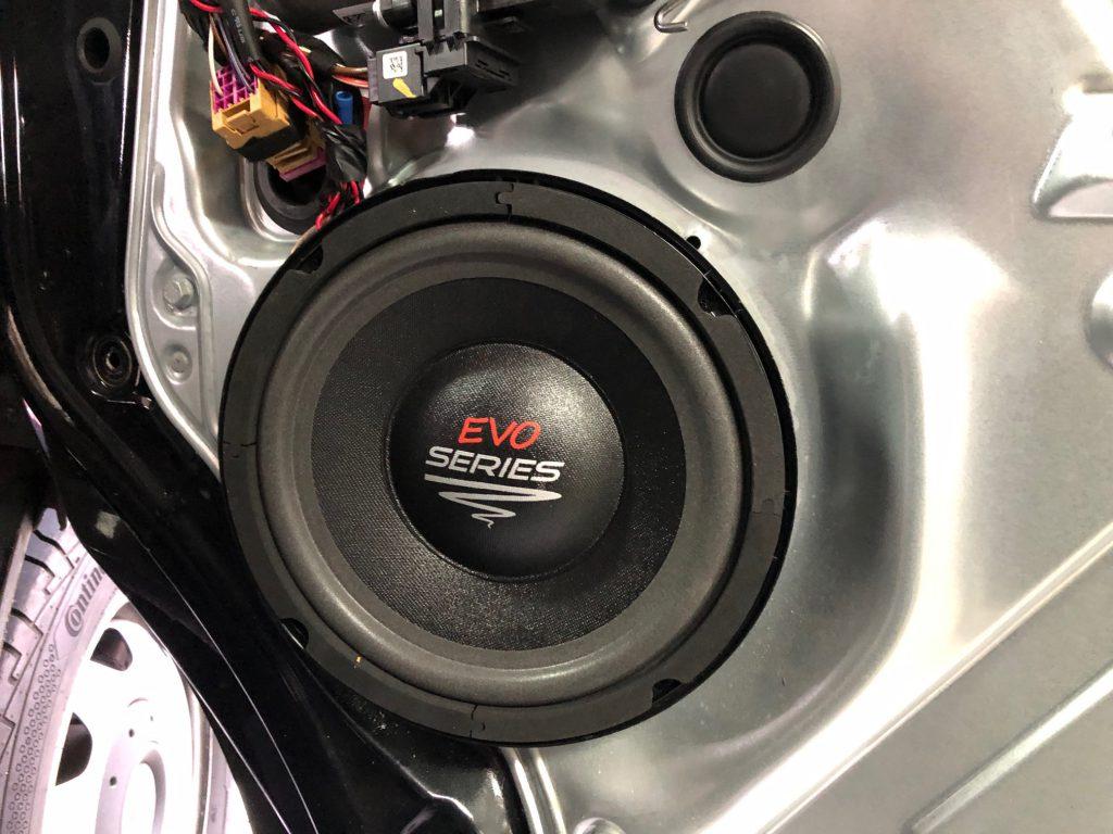 Sound-Upgrades aufwertung Ihrer Musikanlage mit DSP Verstärkern, alles unsichtbare Nachrüstungen in BMW Mercedes